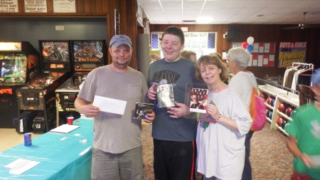 Gary Sinise and Medford Lanes Prize